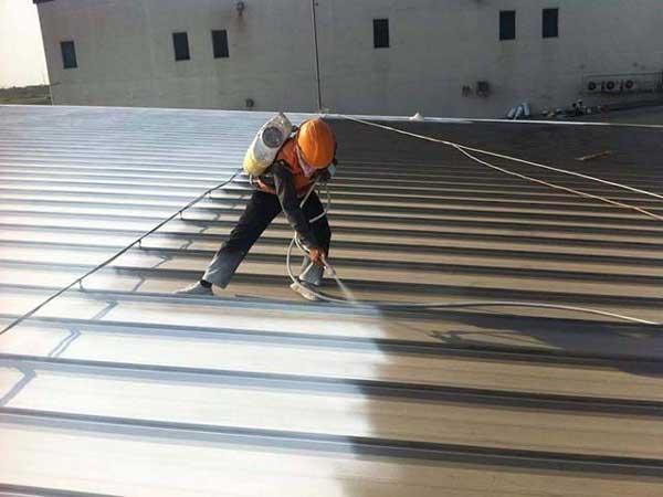Có nên sơn chống nóng mái tôn 1